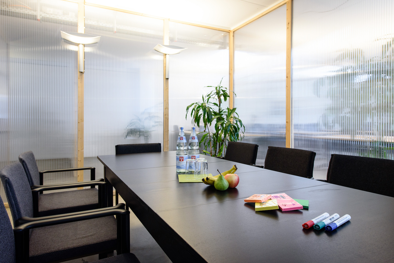 Coworking Nuremberg meeting room for up to eight people